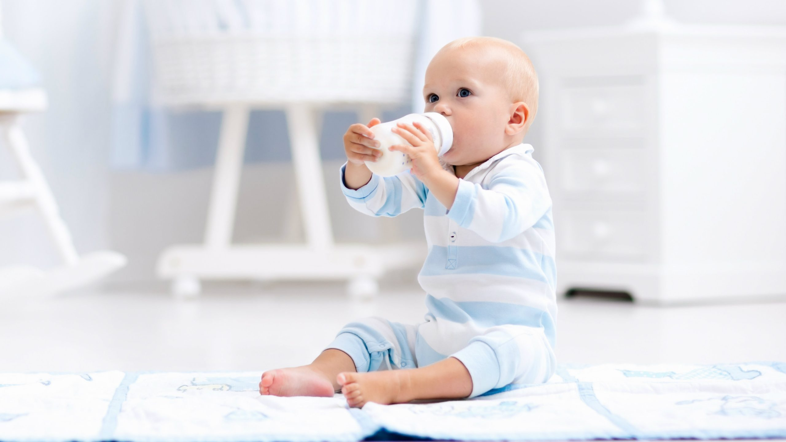 Is Mixing Formula with Baby Milk Good?